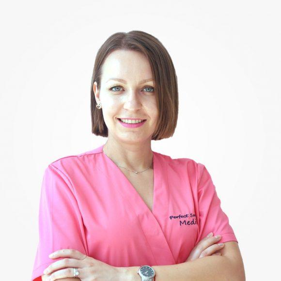 Dr. Ioana Oțelea